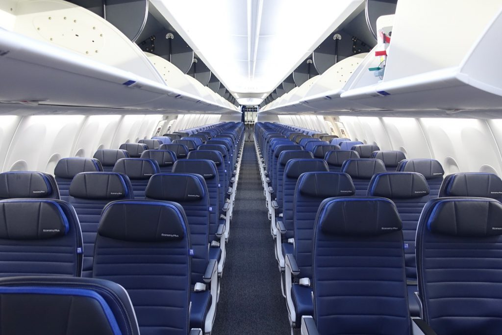 United Airlines and their empty seats.  @kiscocap www.kiscocap.com